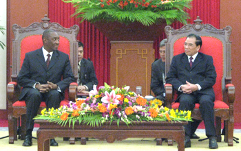 Tổng Bí thư Nông Đức Mạnh: Việt Nam tiếp tục phát triển quan hệ với Mozambique