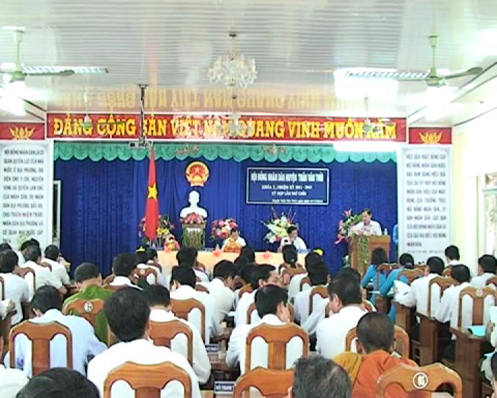 HĐND huyện Trần Văn Thời khai mạc kỳ họp thứ 9, khóa X