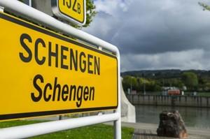 Schengen 'thử lòng' châu Âu