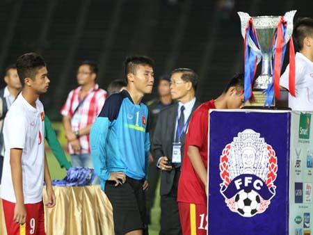 U16 Việt Nam đánh rơi chức vô địch Đông Nam Á