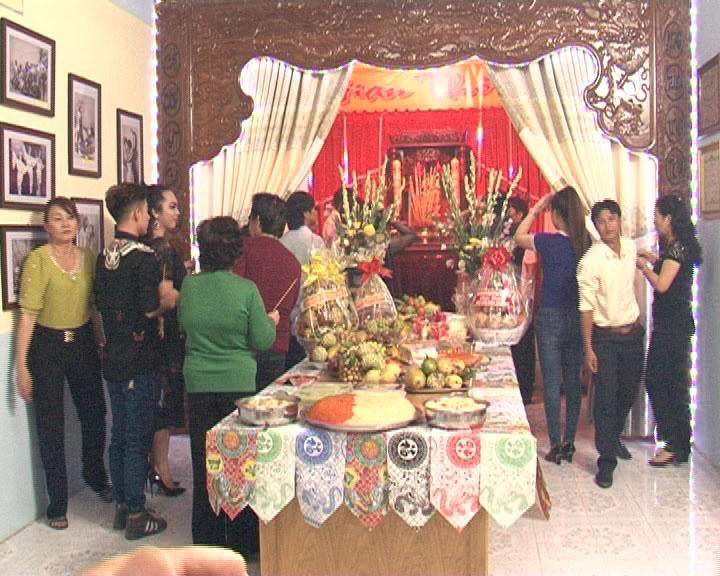 Đoàn Cải lương Hương Tràm kỷ niệm ngày giỗ tổ