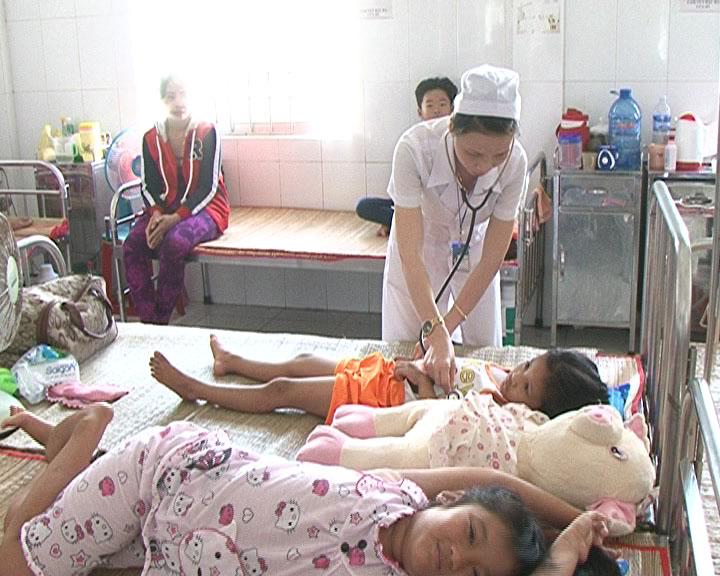 Cà Mau: bệnh tay chân miệng tiếp tục gia tăng