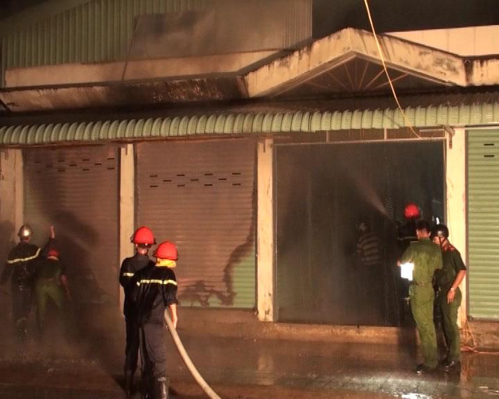Cháy chợ phường 5, thành phố Cà Mau