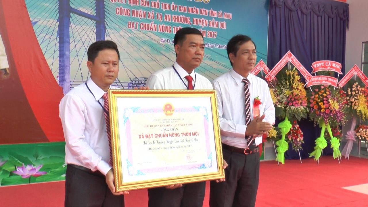 Xã Tạ An Khương đón bằng công nhận nông thôn mới