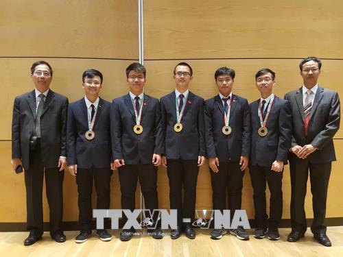 Việt Nam 'thắng lớn' tại Olympic Vật Lý, Hóa học 2018