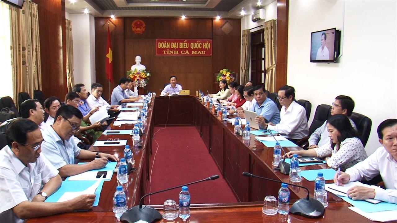 Bộ trưởng, Chủ nhiệm Ủy ban Dân tộc Đỗ Văn Chiến trả lời chất vấn trước Ủy ban Thường vụ Quốc hội