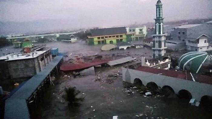 Động đất, sóng thần tại Indonesia: 384 người thiệt mạng