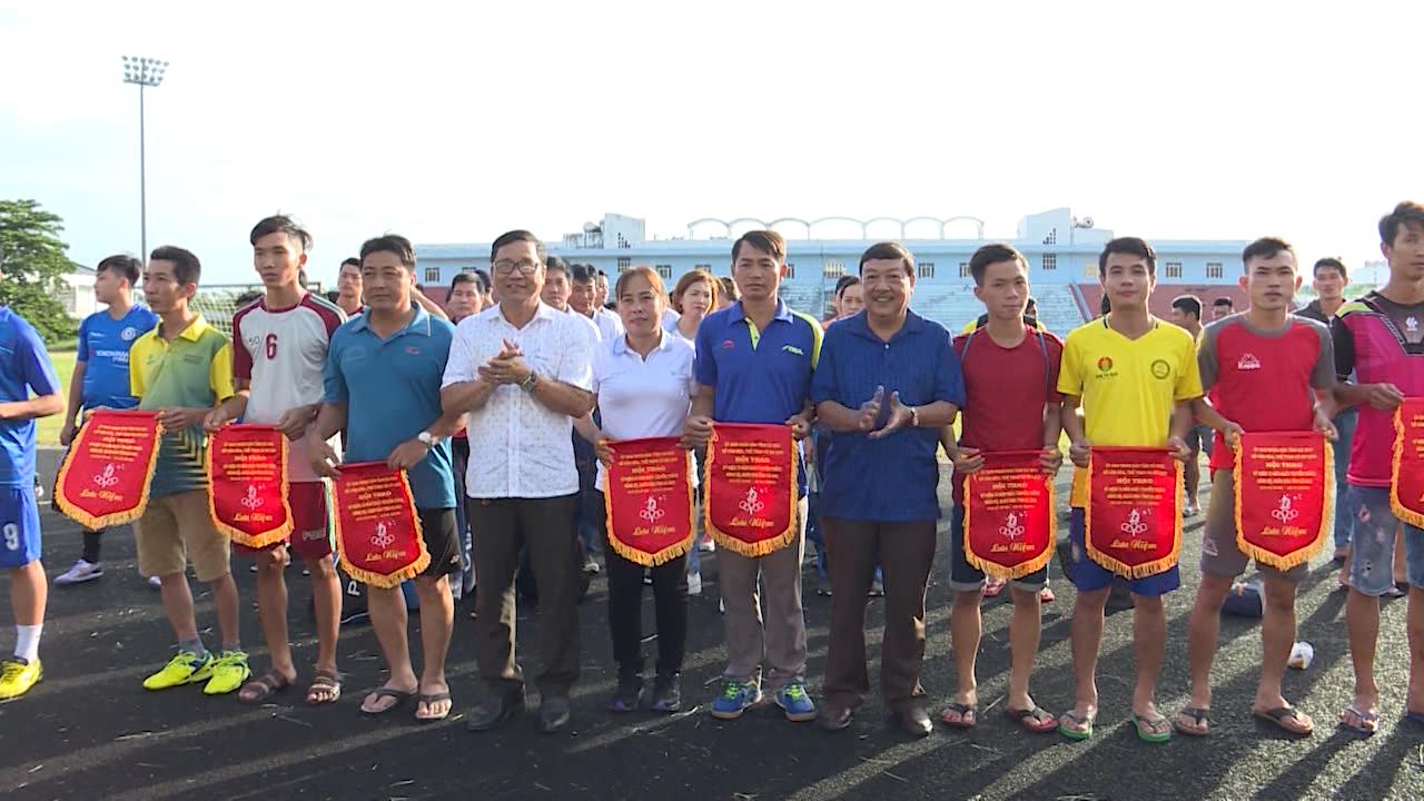 Hội thao kỷ niệm Ngày truyền thống cách mạng của Đảng bộ, quân và dân tỉnh Cà Mau