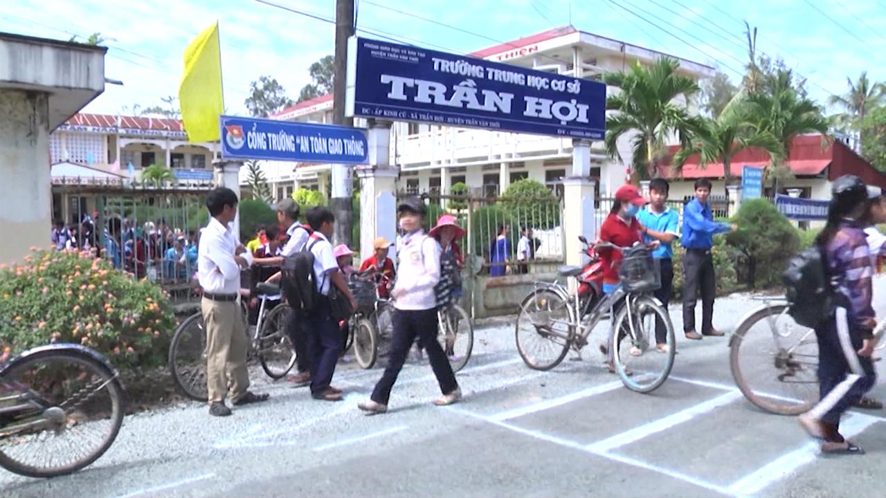 Khởi động cuộc thi an toàn giao thông học đường