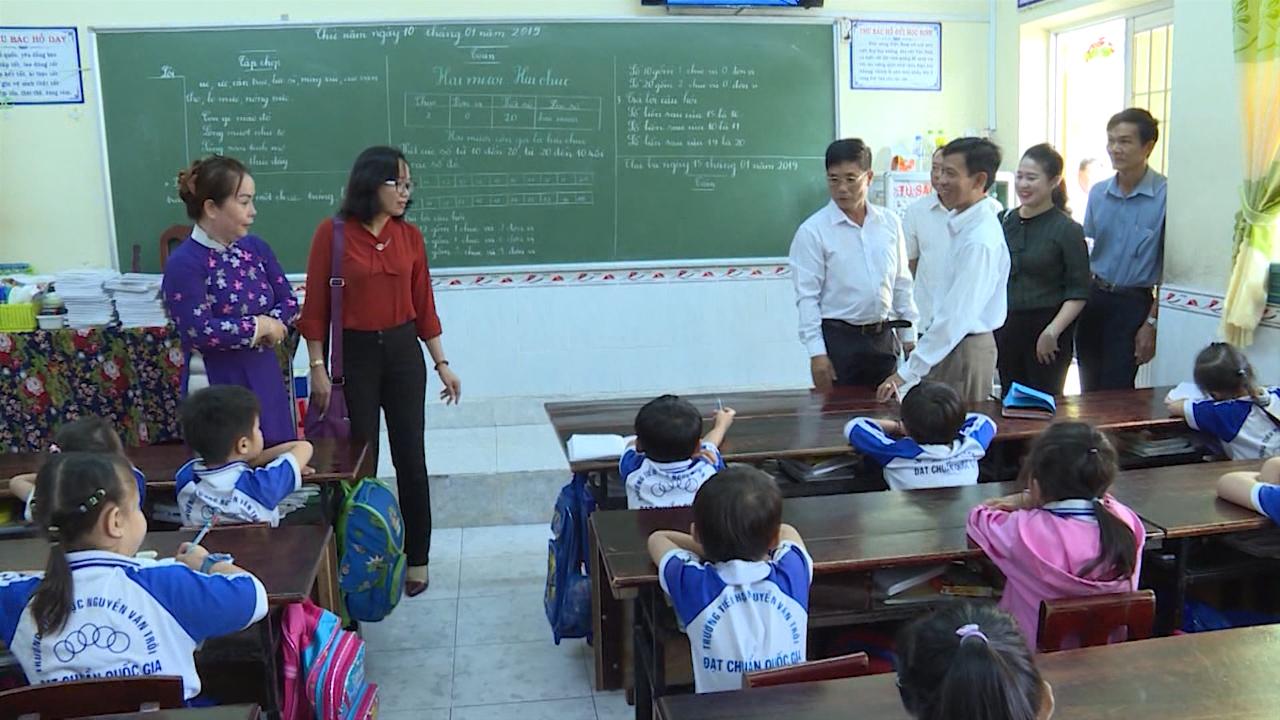 Cần hỗ trợ đầu tư cơ sở vật chất cho trường bán trú