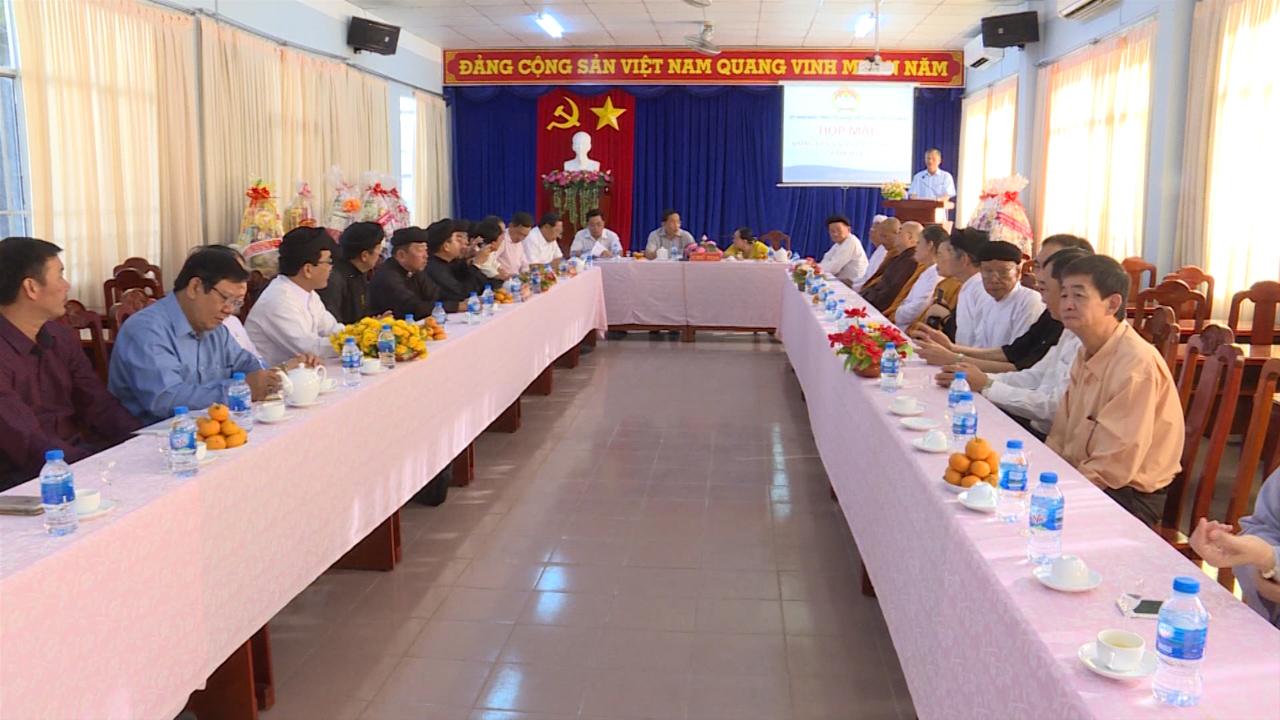 Mặt trận Tổ quốc họp mặt các tổ chức tôn giáo, dân tộc