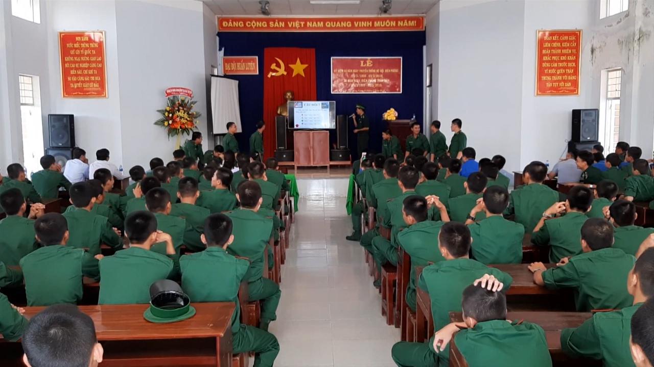 Nhiều hoạt động kỷ niệm 60 năm ngày truyền thống Biên phòng