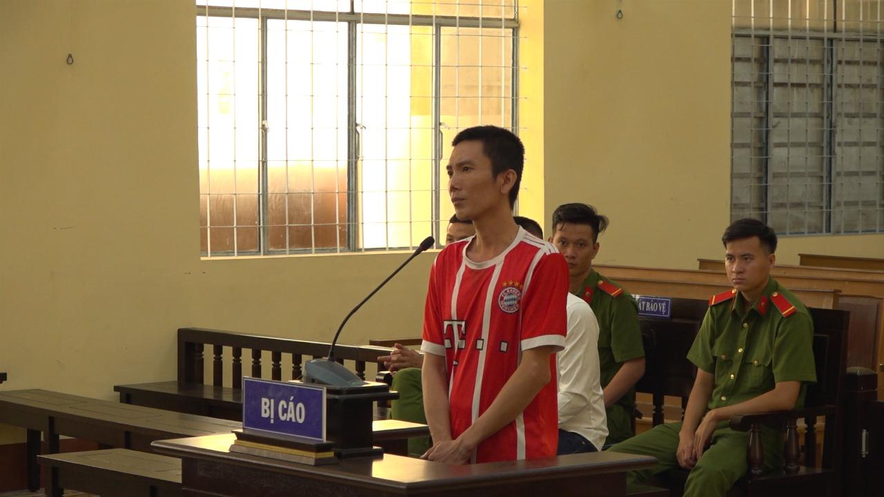 Cà Mau xét xử đối tượng đang bị khởi tố còn đi lừa đảo