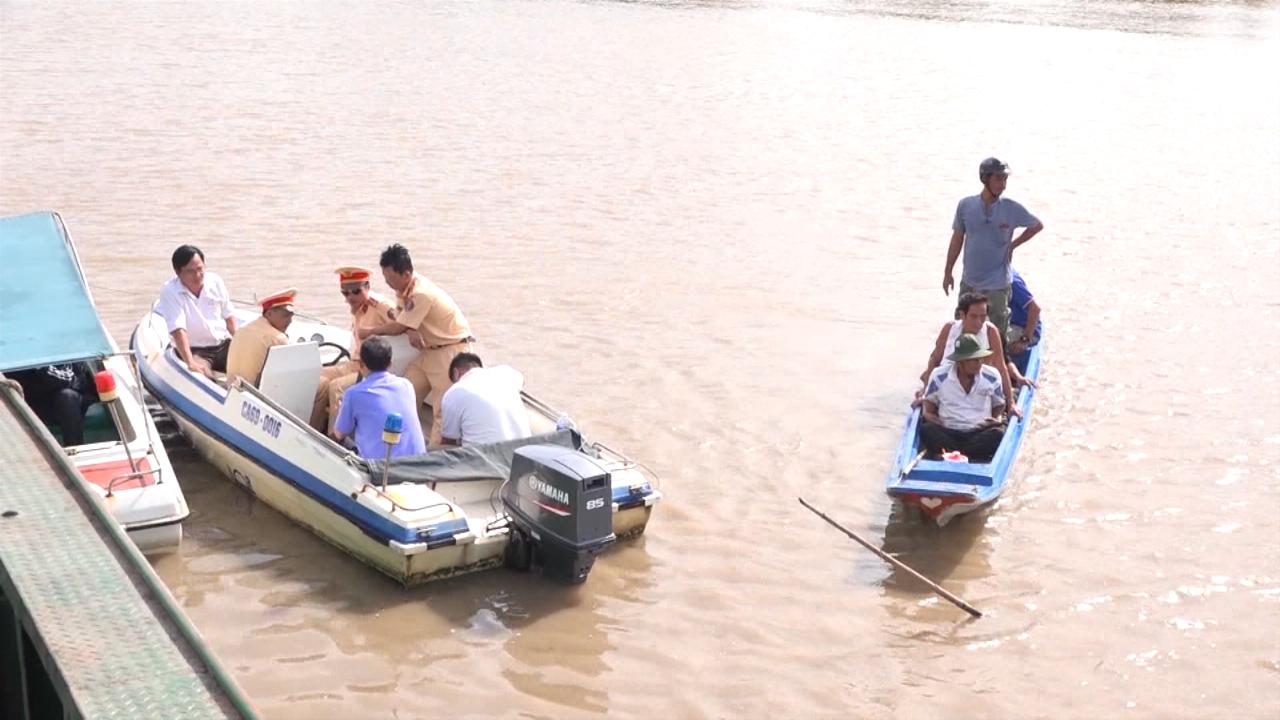 Tiềm ẩn tai nạn giao thông đường thủy trong mùa mưa bão