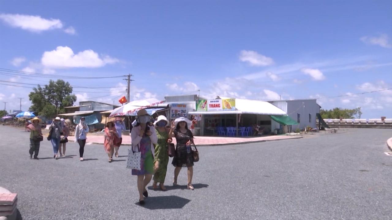 Miễn phí vào cổng khu du lịch Mũi Cà Mau
