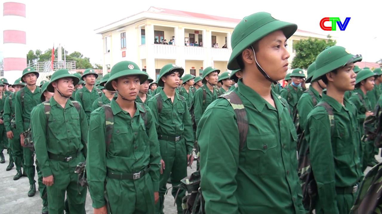 Các huyện và thành phố Cà Mau tổ chức Lễ giao nhận quân năm 2020